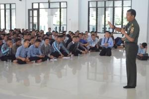 Arahan dan Nasehat  Oleh KA Bintal DAM I Bukit Barisan oleh Bpk. Kolonel Muftil Umam di Pesantren Ar Raudlatul Hasanah