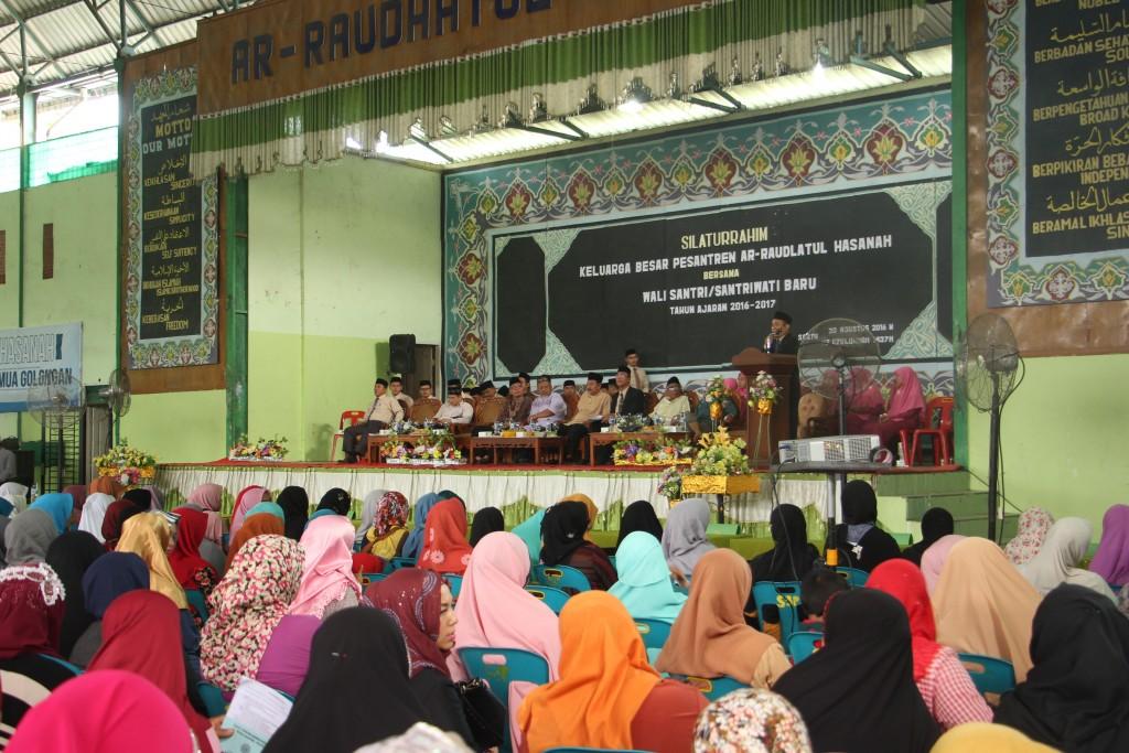 Silaturrahim Keluarga Besar Pesantren Ar-Raudlatul Hasanah dengan Wali Murid Baru Pesantren Ar-Raudlatul Hasanah