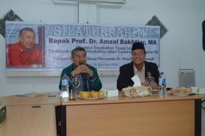 Sambutan Prof. Amsal Bakhtiar di hadapan Degur Pesantren Ar-Raudlatul Hasanah