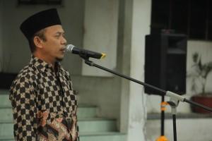 Pembukaan Ulangan oleh  Wakil Direktur Pesantren Ar-Raudlatul Hasanah Ust. H. Solihin Adin, S. Ag