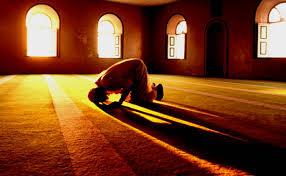 Shalat sunnah menjadi salah satu kebiasaan yang dilakukan santri/wati Pesantren Ar-Raudlatul Hasanah