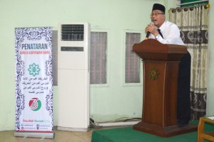 Pidato Direktur Pesantren Ar-Raudlatul Hasanah KH. Rasyidin Bina saat Penataran guru Baru