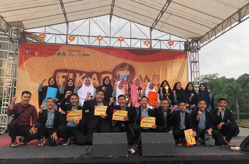 Delegasi Raudlah Raih Juara Umum Festival Kampung Arab Universitas Pendidikan Indonesia Bandung