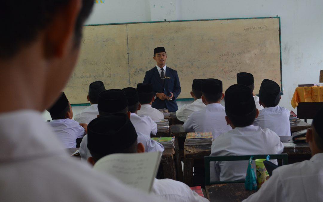 Ujian Praktek Mengajar (Amaliyah Tadris) Kelas Enam