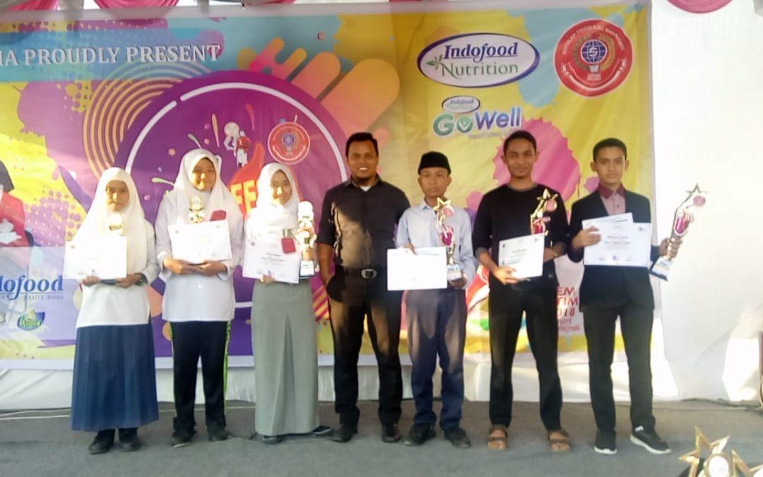 Dua Santri Raudhah Juarai Lomba Pidato Bahasa Inggris di Universitas Sukma Medan