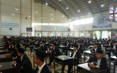 Santri Kelas Akhir KMI Ikuti Ujian Akhir Termin Kedua